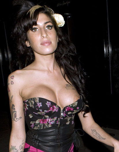 Amy Winehouse Desnuda 5